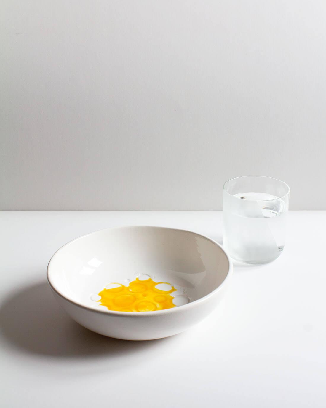 La tavola dei sensi, esercizi progettuali sugli oggetti per la tavola, bicchiere e piatto