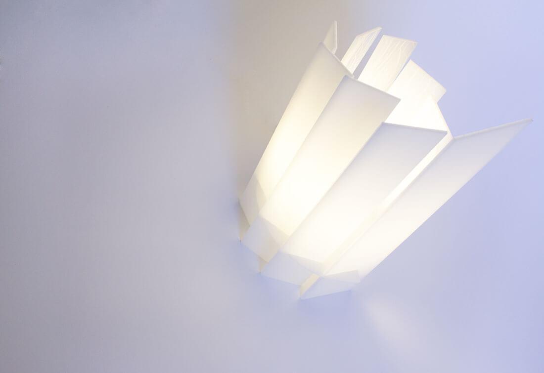 Ye Mai, lampada in taglio laser incisa autoprodotta