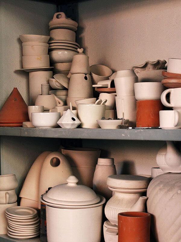Making of di Flora collection, vasi decorativi con tagli by Marianna Milione designer