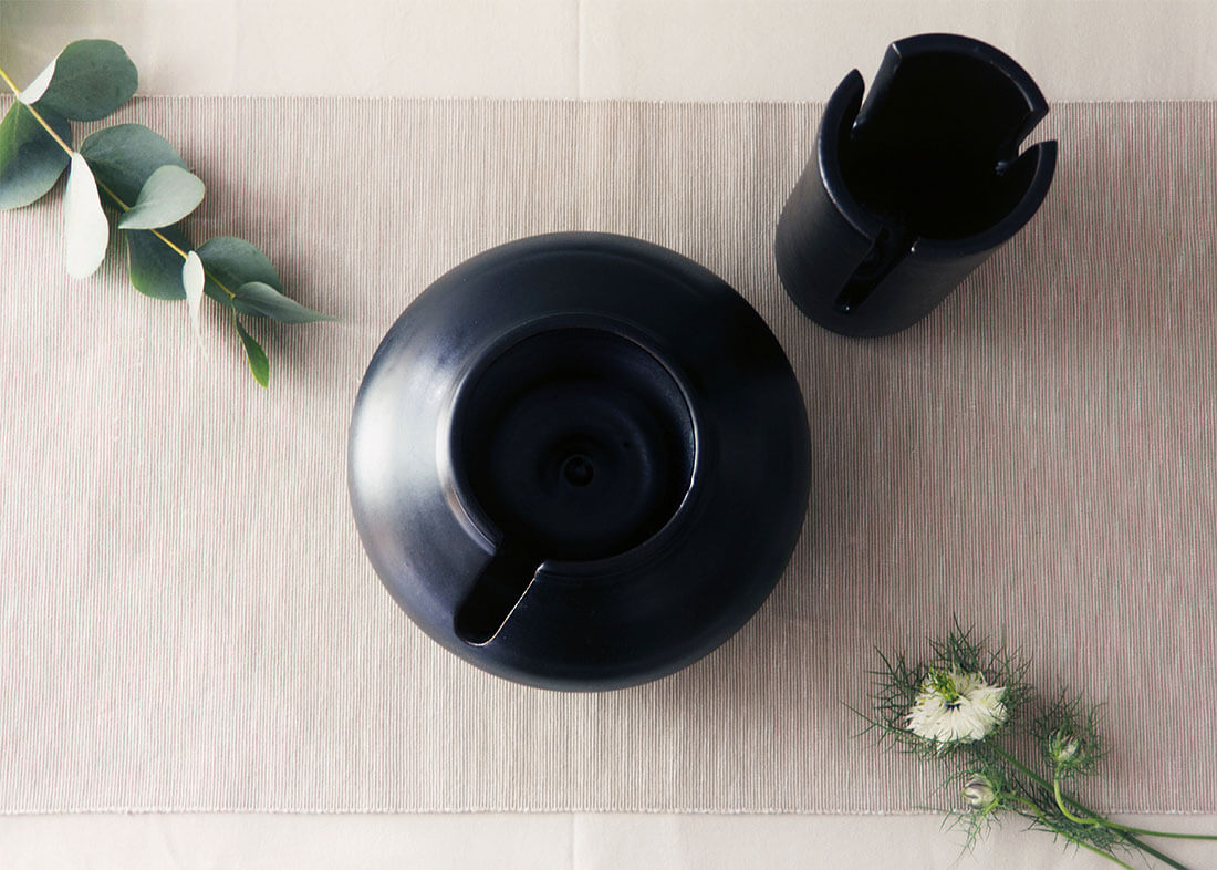Flora collection, vasi decorativi con tagli by Marianna Milione designer