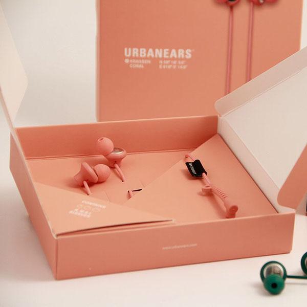 Packaging degli auricolari Urbanears progettato da Hanna Bossmark. Dal blog di Marianna Milione