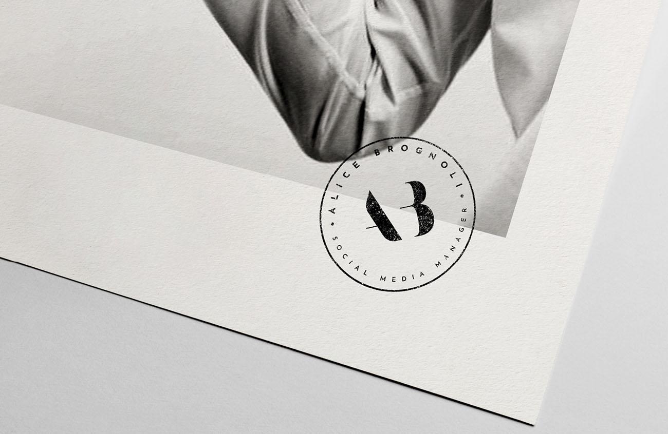 Logo principale dell'identità grafica realizzata per Alice Brognoli, social media manager. Design di Marianna Milione.