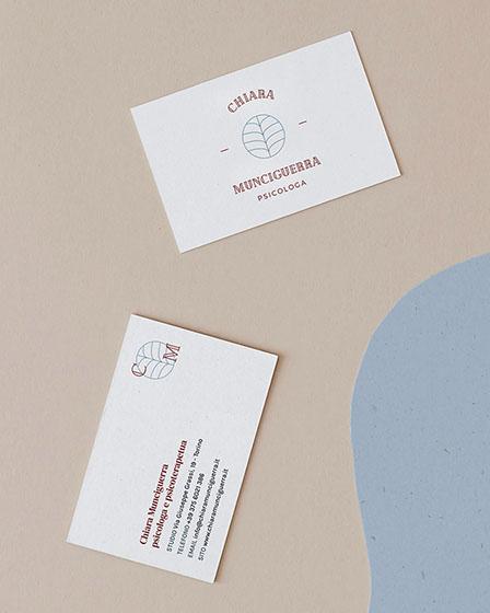 Identità visiva personalizzata per Chiara Munciguerra, design di Marianna Milione